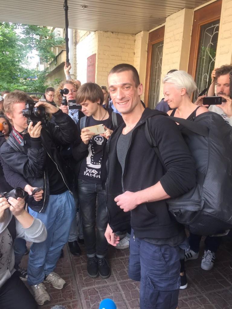 Петр Павленский на свободе