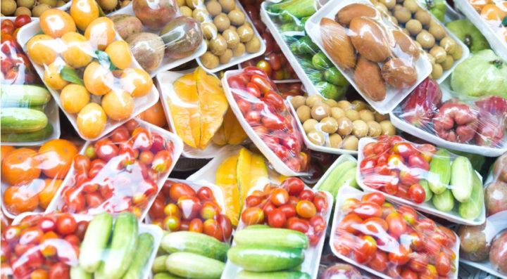 Упакованные мытые фрукты