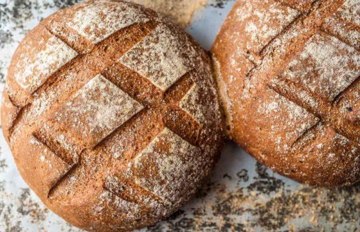 Две булки хлеба