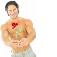 Идеальный мужчина с цветком
