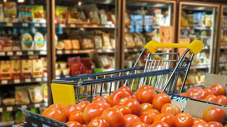 Помидоры в супермаркете