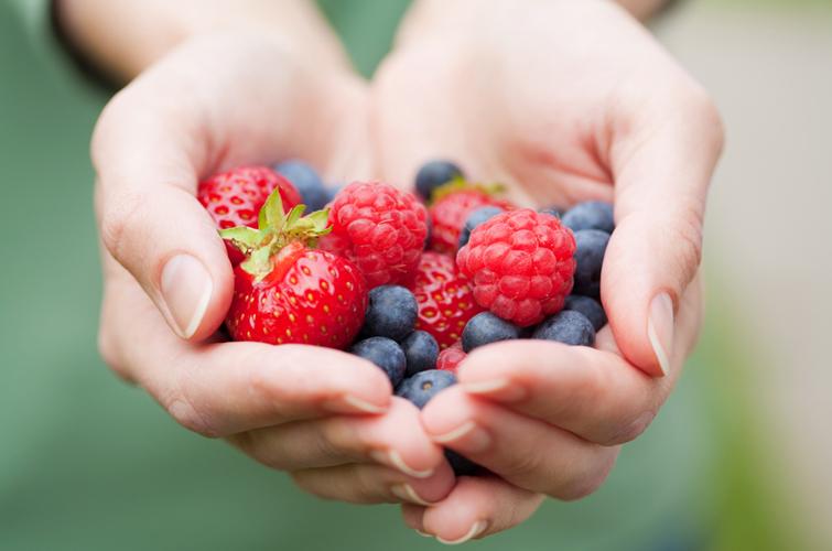 Горстка ягод