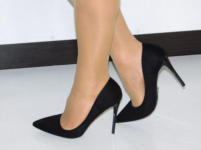 Классические туфли на шпильке