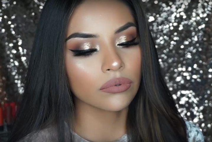 Новогодний макияж может быть как нюдовым, так и эффектным, с блестками