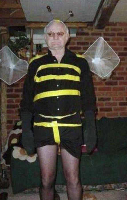 Новогодний костюм злой пчелы