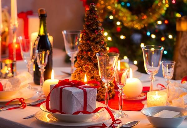Сэкономить, накрывая стол на Новый год