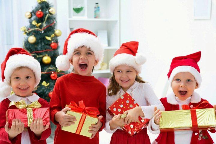 Дошкольники чаще просят у Деда Мороза интерактивные игры