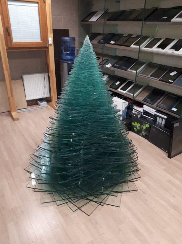 Канцелярская елка