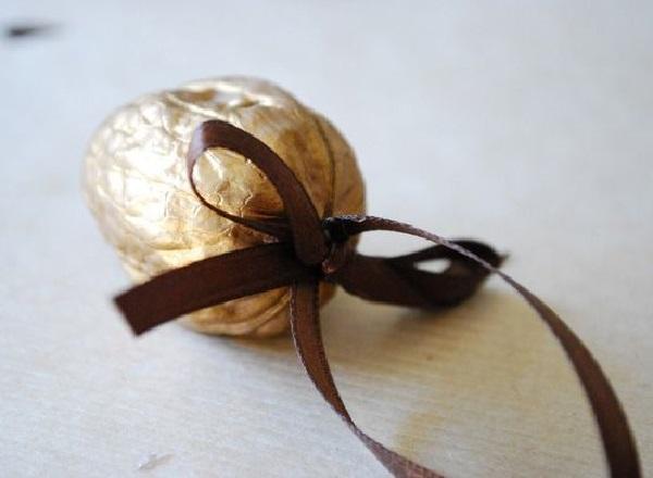 Шкатулка для драгоценностей из ореха