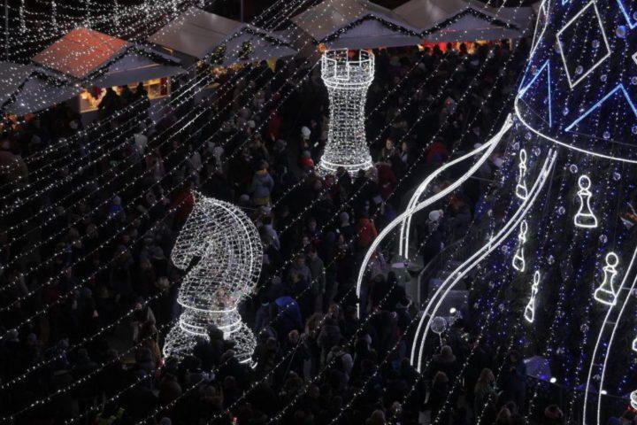 Главная новогодняя елка в Вильнюсе