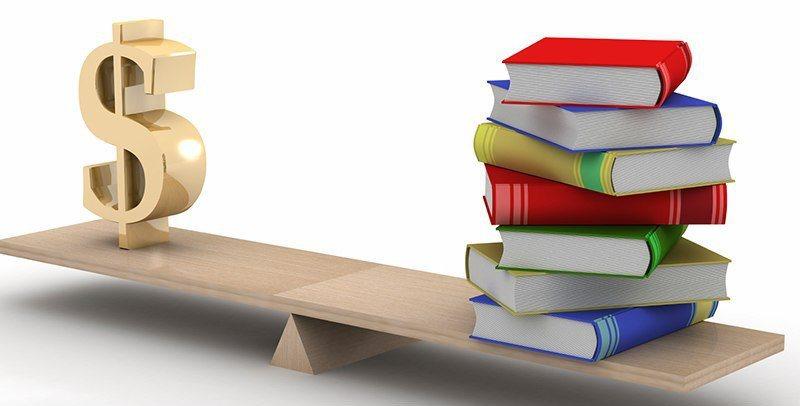Букинистический бизнес можно ли заработать на старых книгах