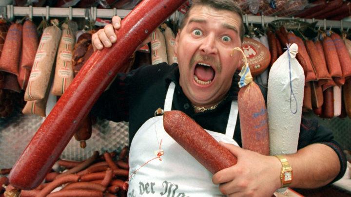 Колбаса и мужчина