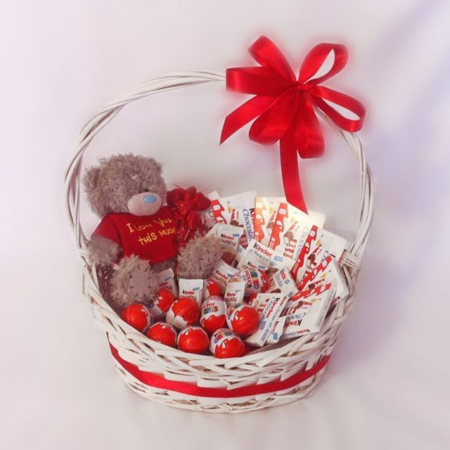 Подарочная корзина на День святого Валентина
