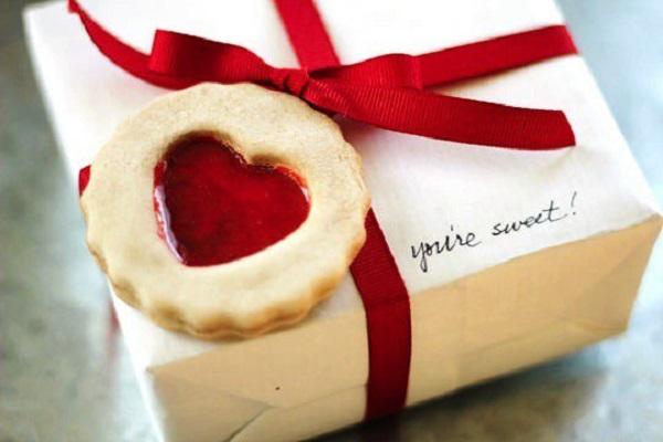 Упаковка подарка для женщины
