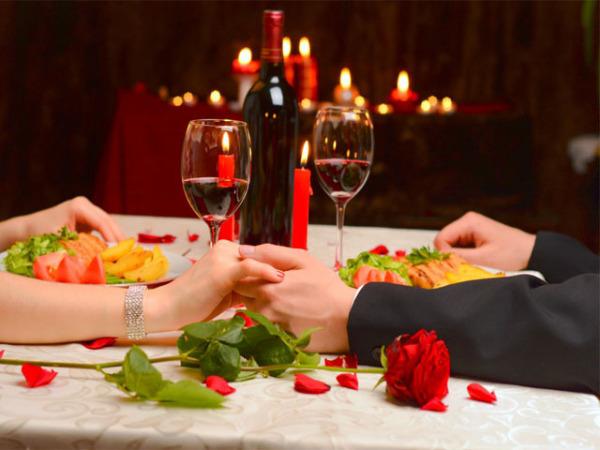 Ужин в ресторане на День святого Валентина