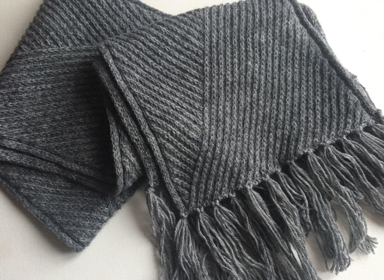 Модный шарф – прекрасный подарок к 23 февраля