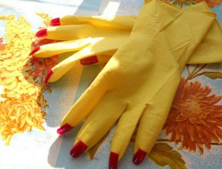 Гламурные хозяйственные перчатки