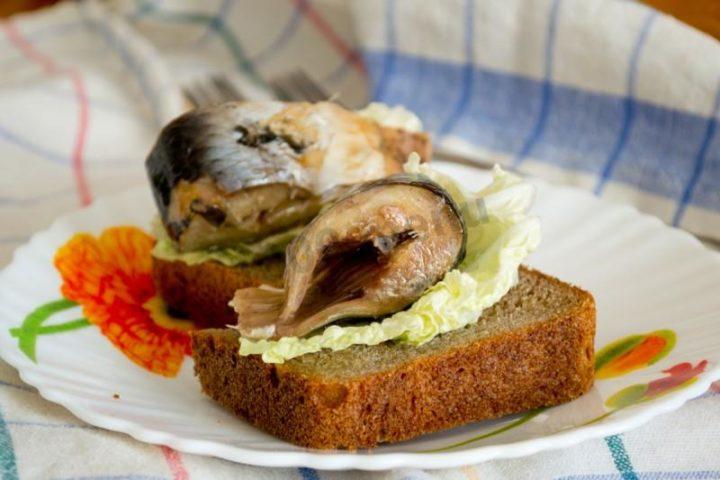 Бутерброды с Консервированной скумбрией