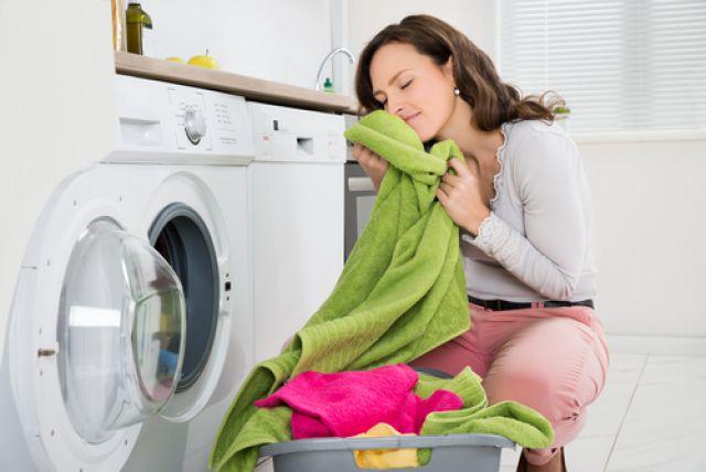 Выстиранные махровые полотенца