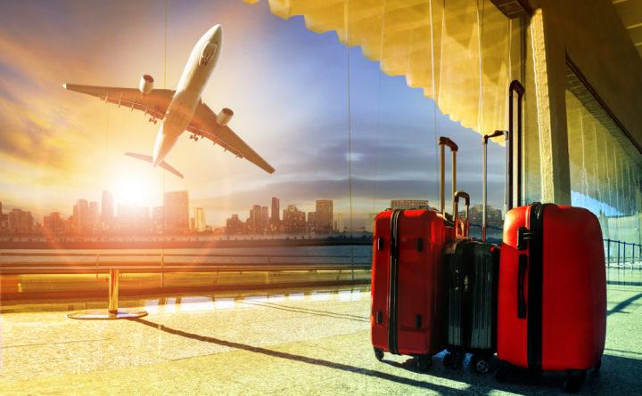 Аэропорт, самолет, чемоданы