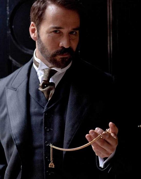 Мужчина и карманные часы